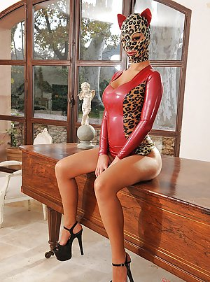 Free Latex Pictures