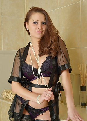 Free Lingerie Pictures