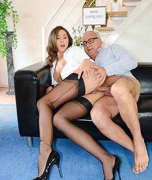Free Nurse Pussy Pictures