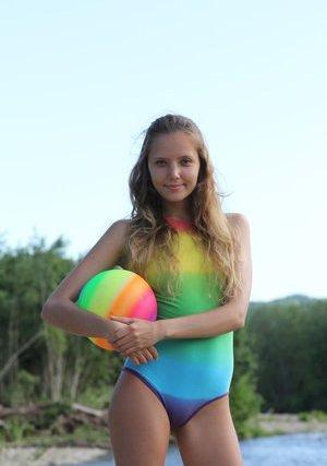 Free Bikini Pictures
